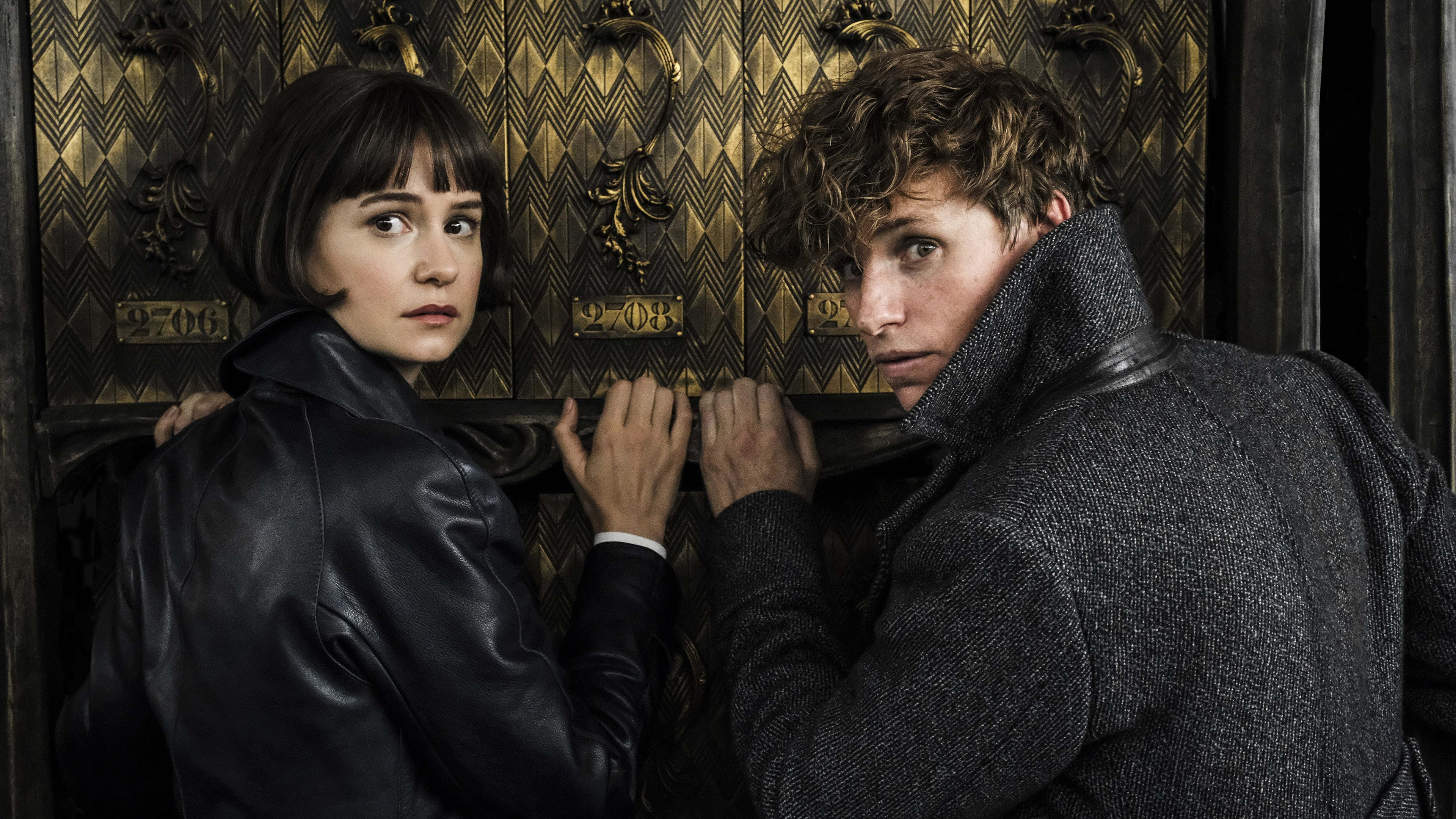 Fantastic Beasts: The Crimes of Grindelwald backdrop