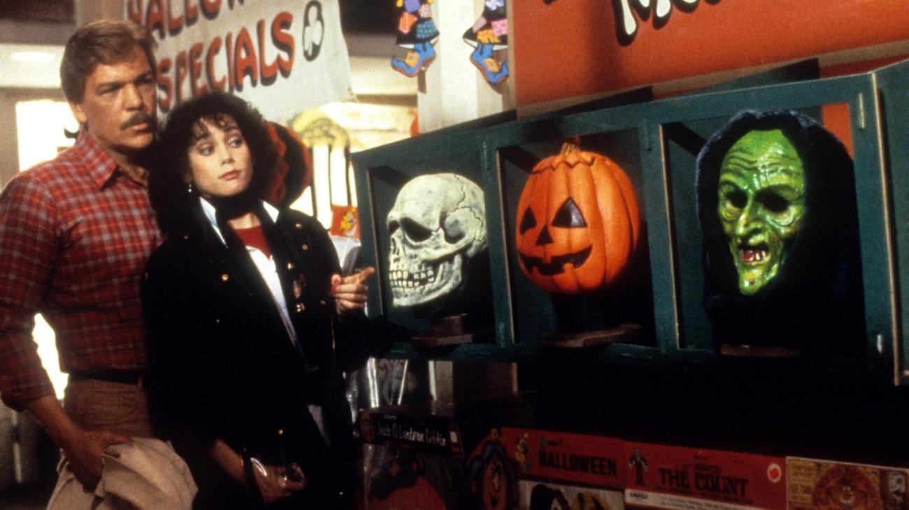 Halloween III: Season of the Witch backdrop
