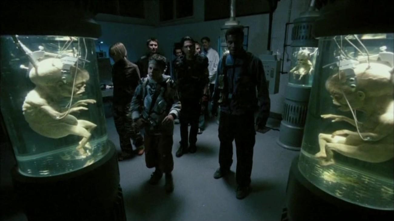 Return of the Living Dead: Necropolis backdrop