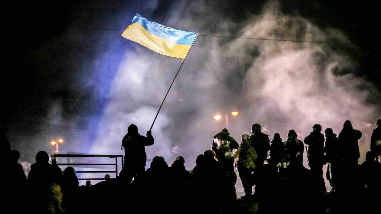 Winter on Fire: Ukraine's Fight for Freedom backdrop