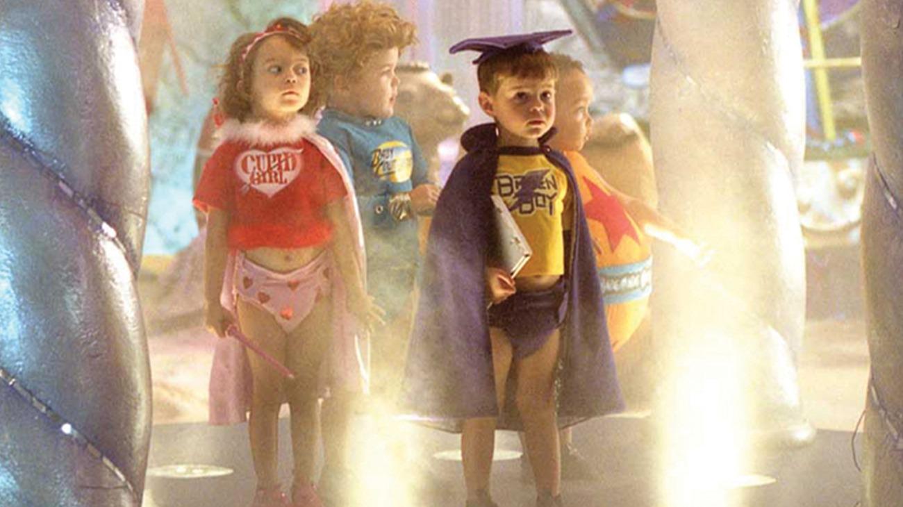 Superbabies: Baby Geniuses 2 backdrop