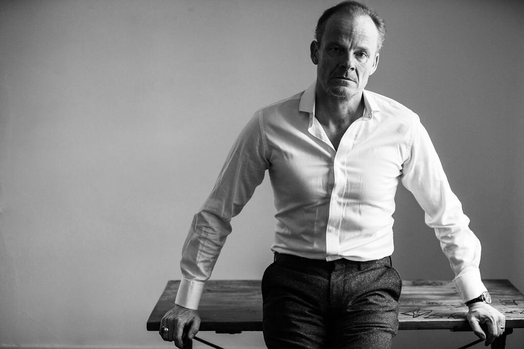 Alistair Petrie in Eight For Silver
